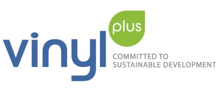 Vinyl Plus logo selitteellä 2017